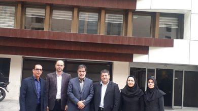 عکس از بازدید سرپرست بیمه ایران از شعب قراردادهای خاص و پایانه غرب